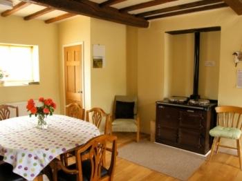 rowton-manor-cottage-2-350-350