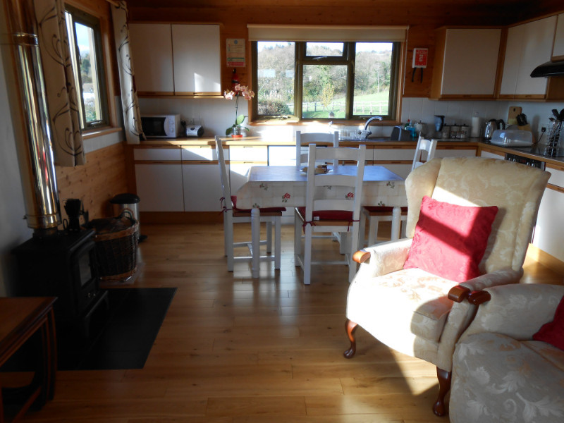 the-cabin-at-oaklands-farm-04