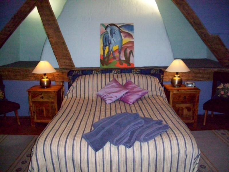 3704-Blue-room