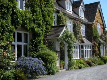 milebrook-house-hotel-1-350-350