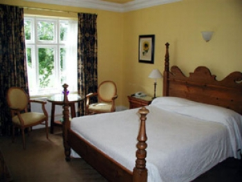 milebrook-house-hotel-2-350-350