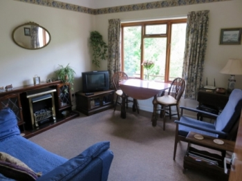 kerry-cottage-hesterworth-3-350-350