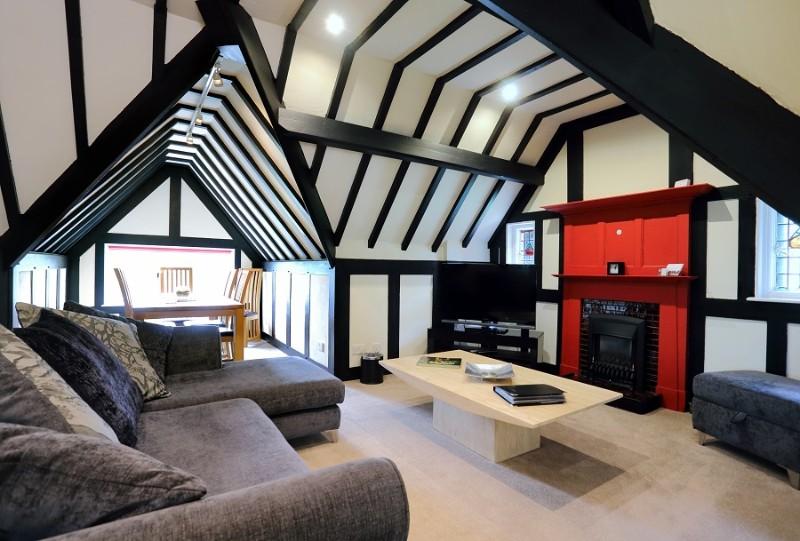 02-Luxury-penthouse-apartment-1