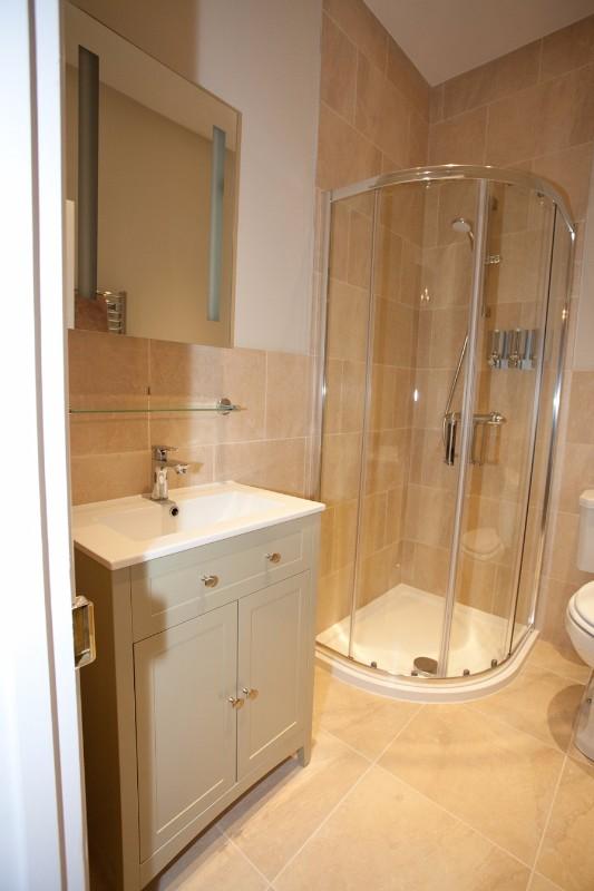 09-luxury-bathroom