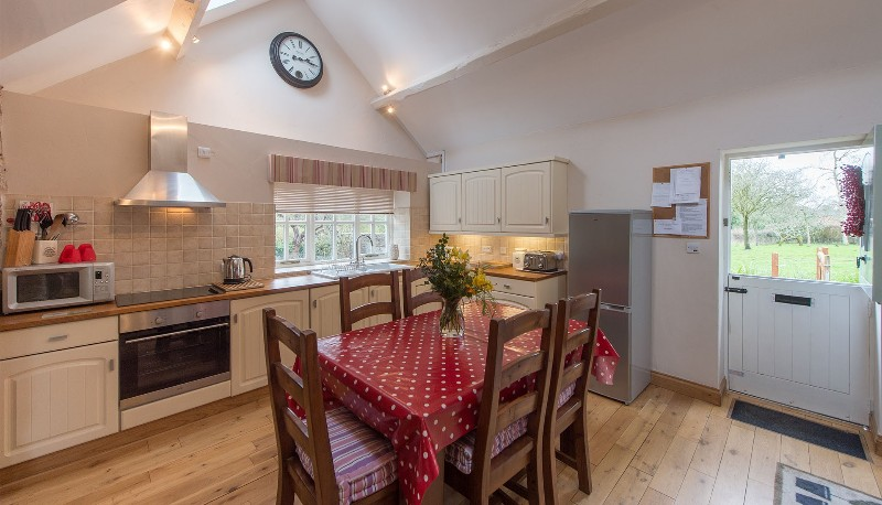 Walkmill-Lodge-photos-kitchen