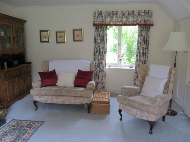 Cottage-Living-Room-2